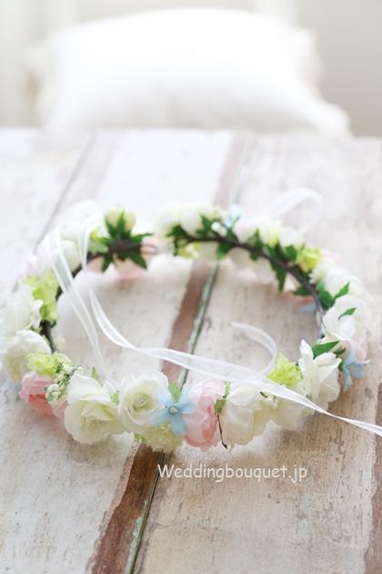 花冠  ホワイトピンクとブルースター