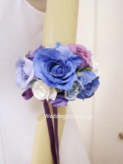 ブルーのバラのアームレット