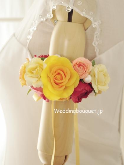 黄色いバラのアームレット